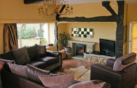 Photo of Seaview Pet-Friendly Cottage
