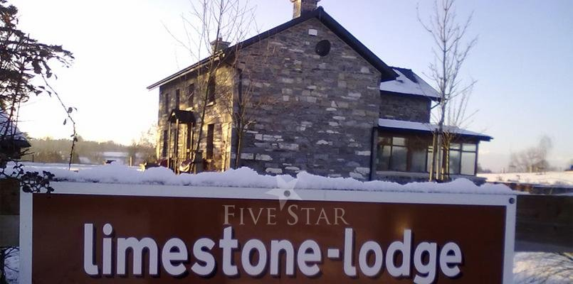 Limestone Lodge photo 3