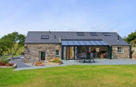 Photo of Garth Morthin The Barn Pet-Friendly Cottage