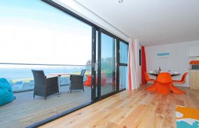 Photo of Baywatch, 8 Pearl
