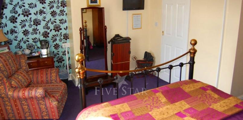 Creston Villa Guest House photo 10