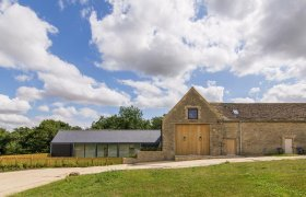 Photo of The Cotswold Barn