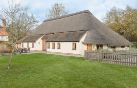 Photo of The Thatched Barn