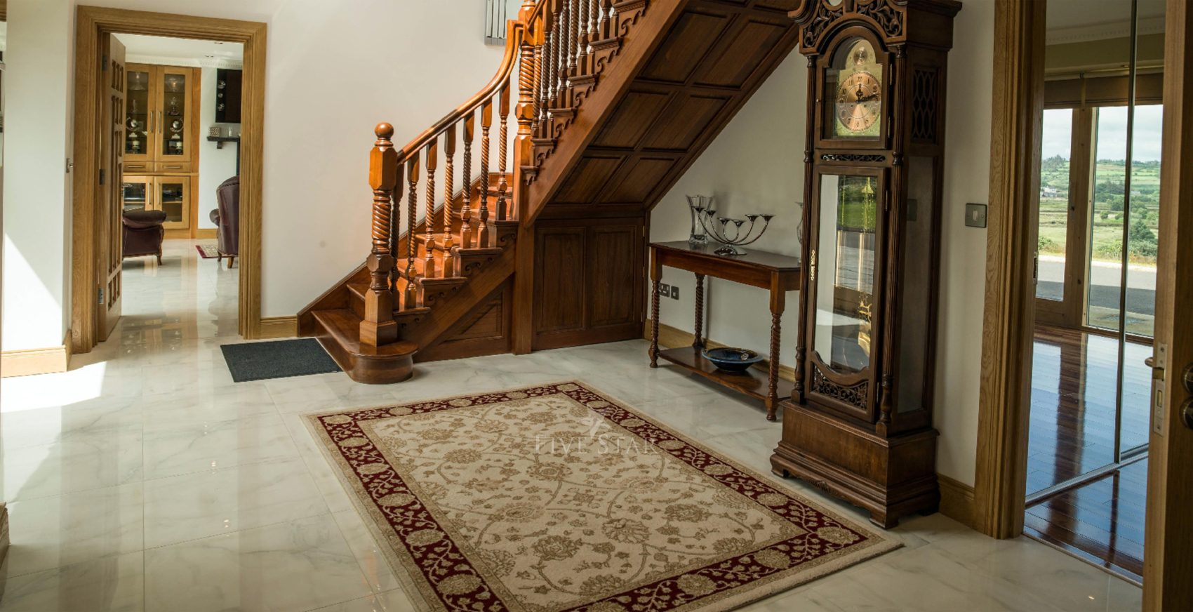 Opulent Secluded Rental photo 3