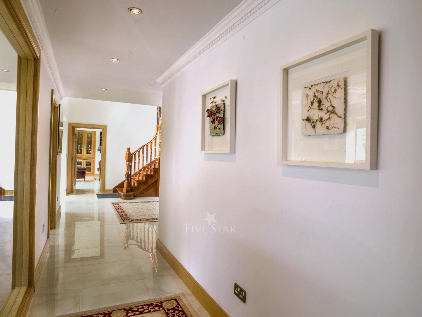 Opulent Secluded Rental photo 10