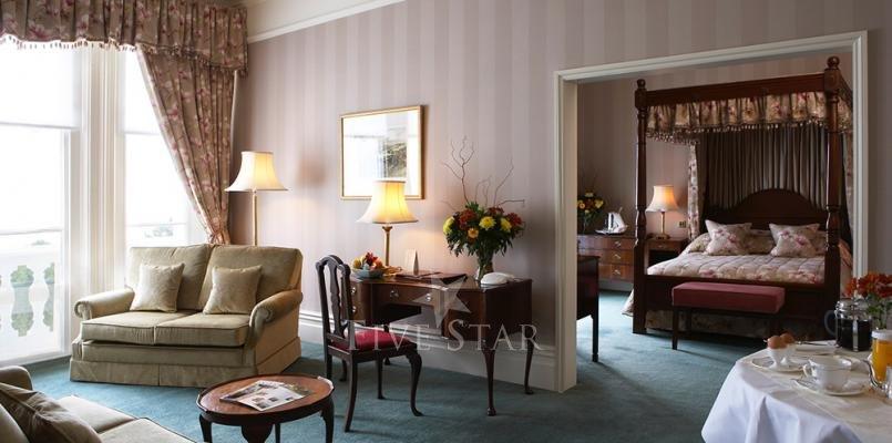 The Grand Hotel photo 10