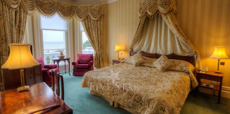 The Grand Hotel photo 17