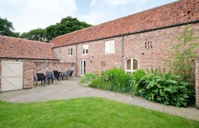 Photo of Woldsend Holiday Cottages: Granary Cottage