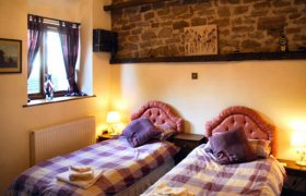 Photo of Spinney Retreat Pet-Friendly Cottage