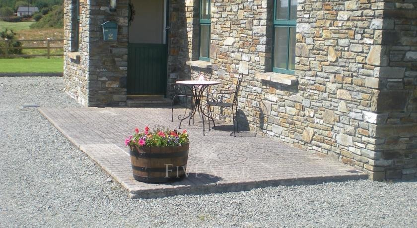 Cooragurteen Stone Cottage photo 3