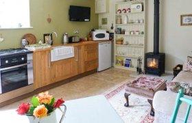 Photo of Oaklands Cottage Romantic Cottage