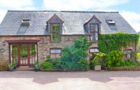 Photo of Caecrwn Pet-Friendly Cottage