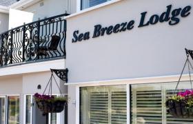 Photo of Sea Breeze Lodge