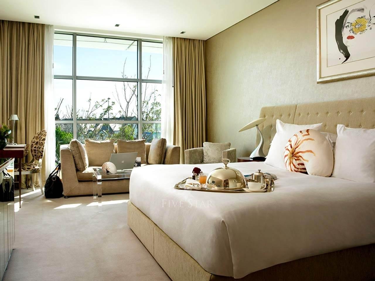 g Hotel photo 27