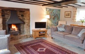 Photo of Greenslades Pet-Friendly Cottage