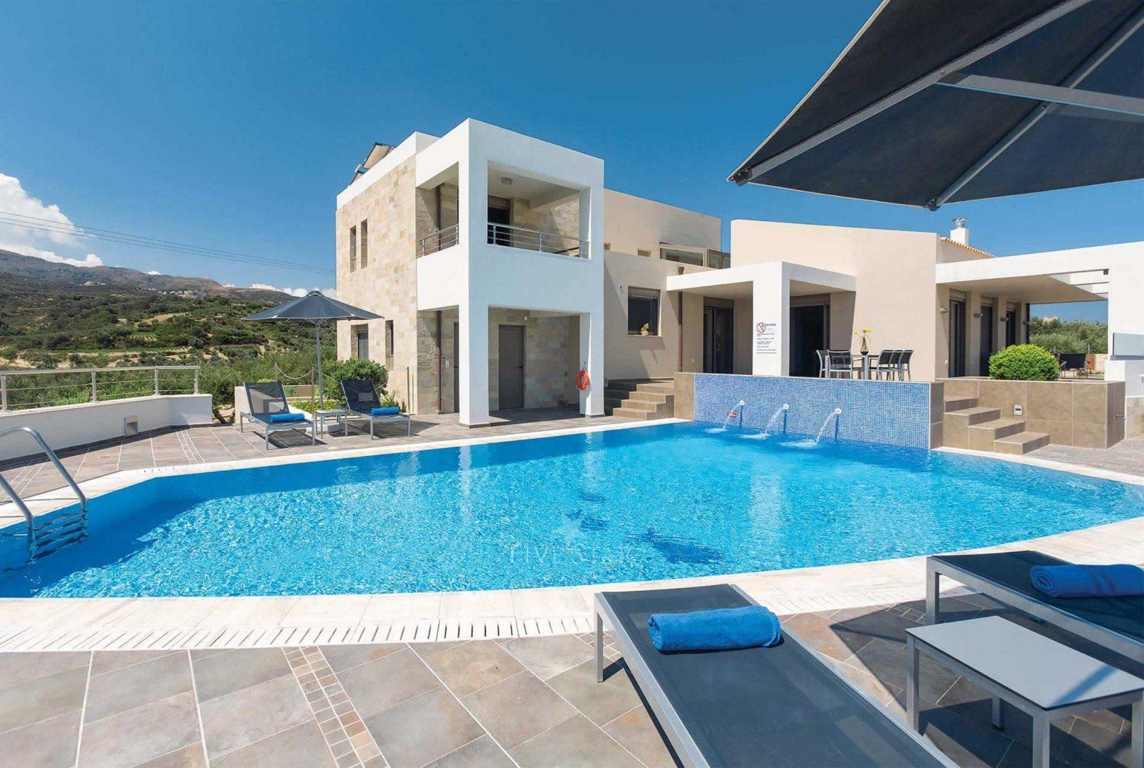 Domus domitia luxury retreats
