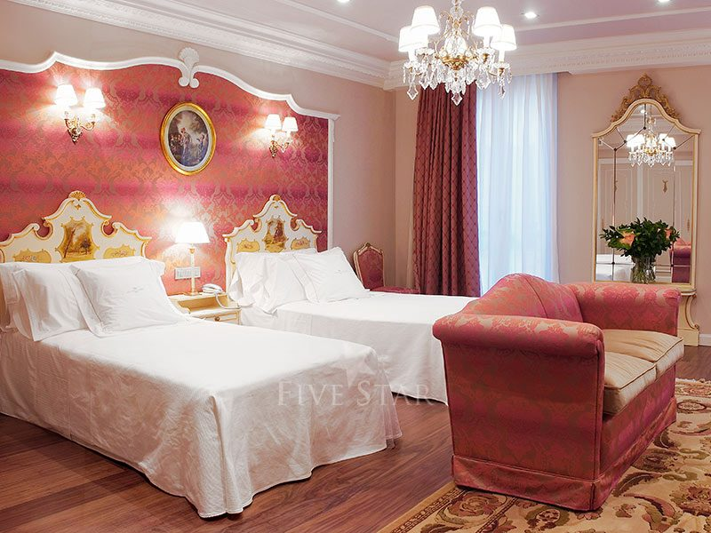 Gran Hotel La Perla photo 12
