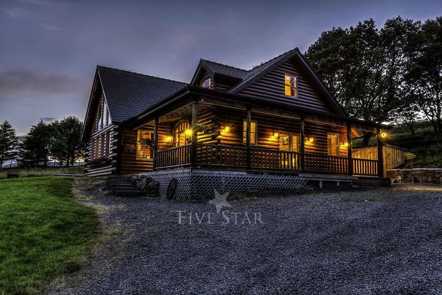 Luxury Log Cabin photo 1