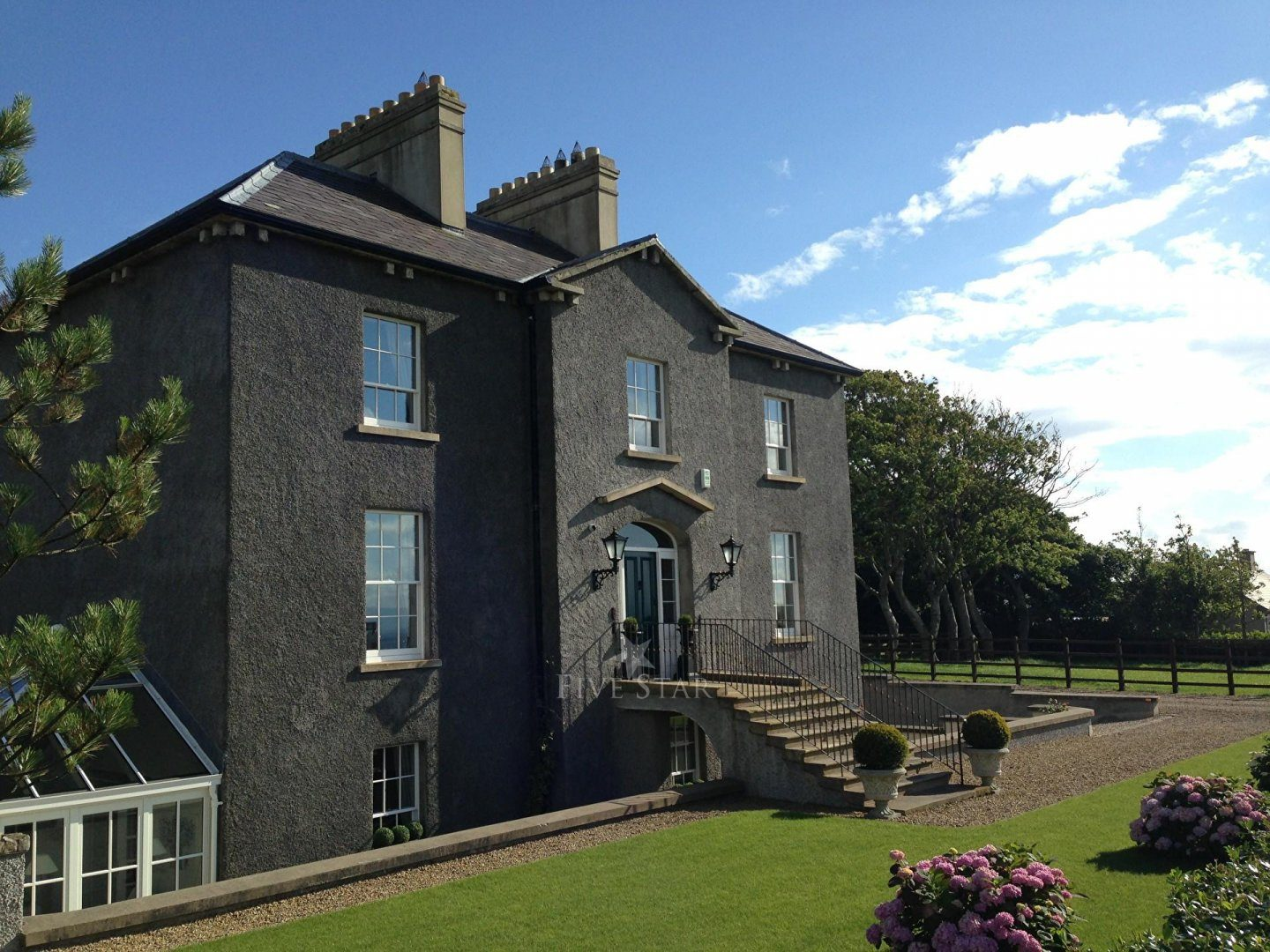 Coolmore Manor House photo 2