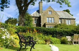 Photo of Ashmount country house