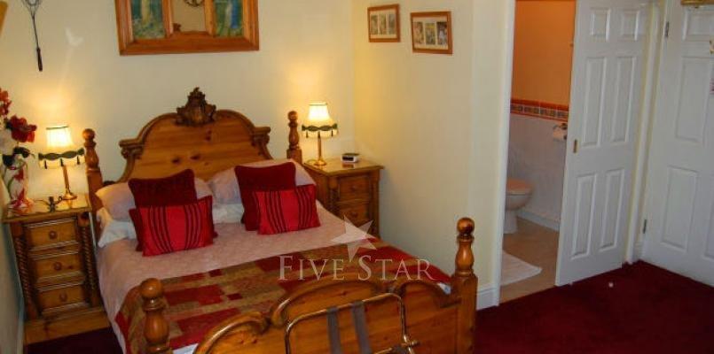 Creston Villa Guest House photo 9