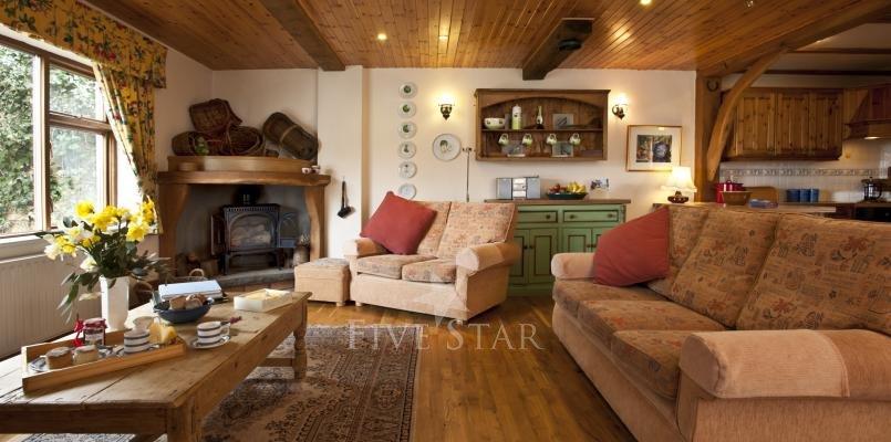 Apple Loft ~ Lounge