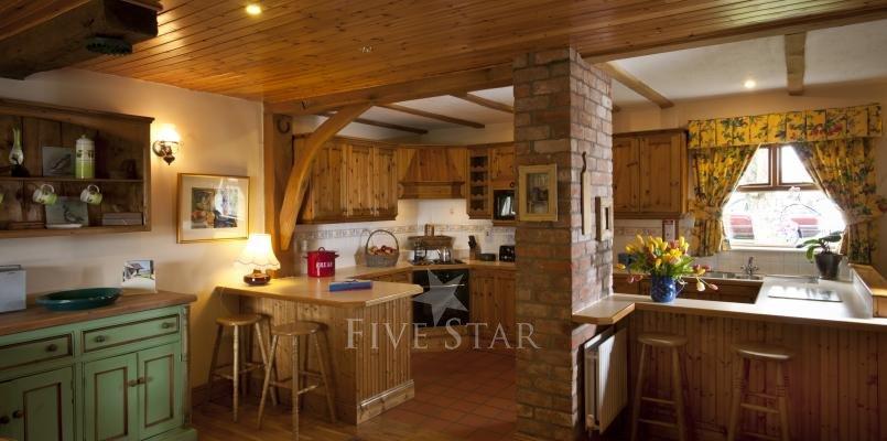 Apple Loft ~ Kitchen