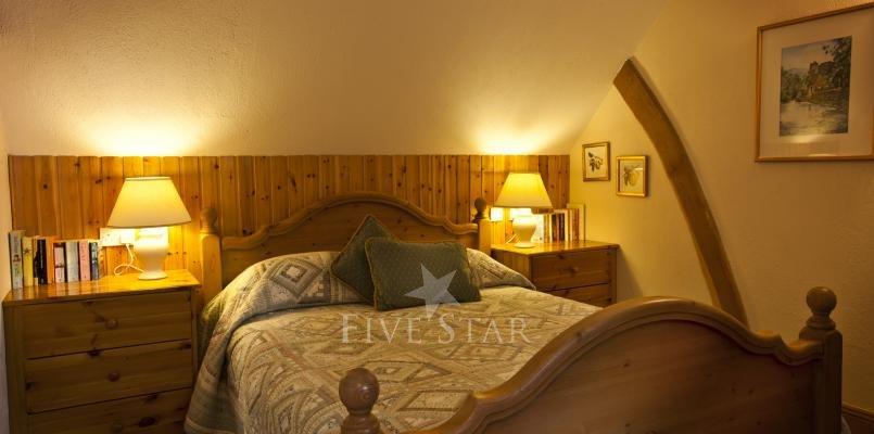 Apple Loft ~ Bedroom