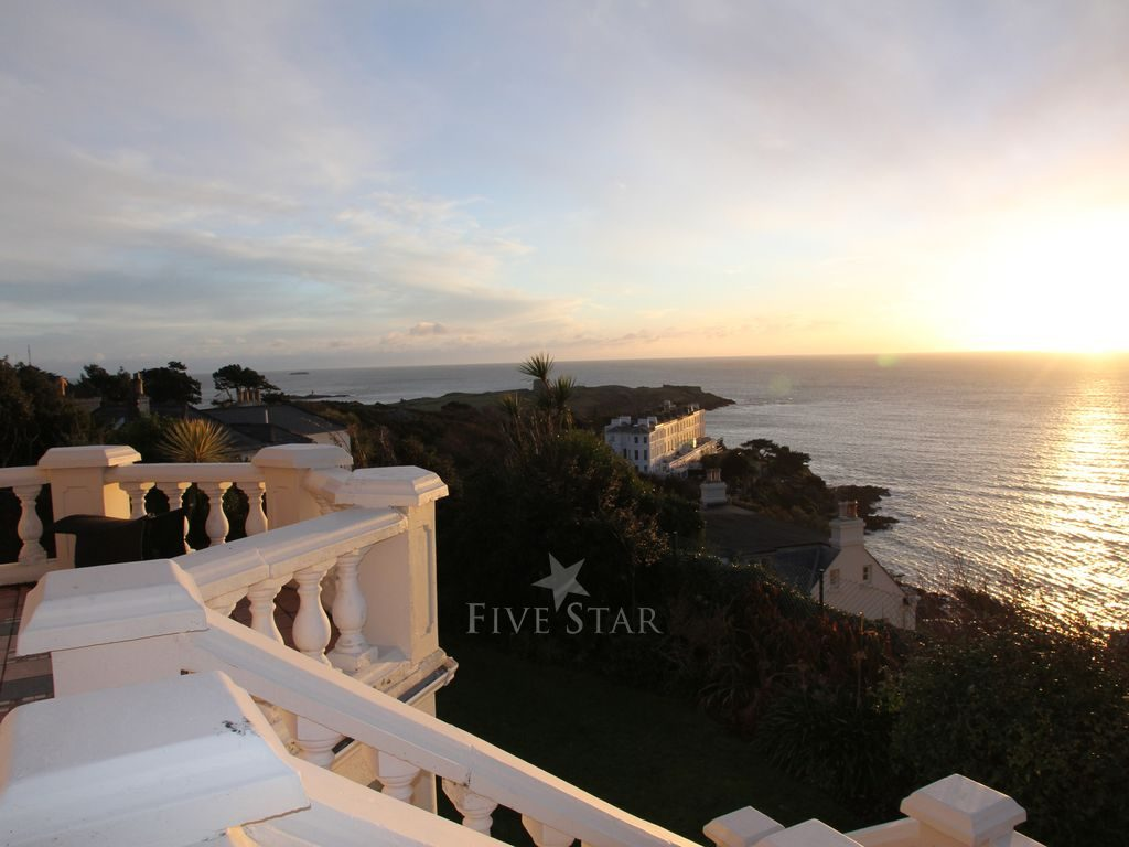 Luxury Ocean View Dalkey photo 3