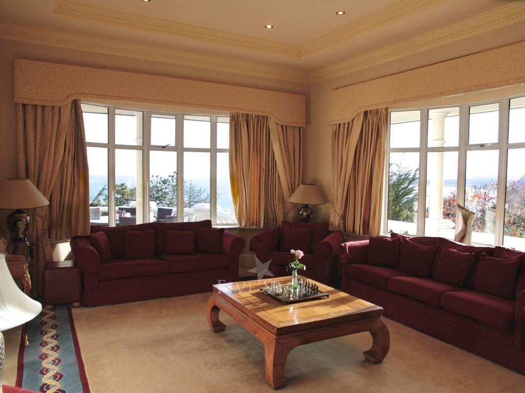 Luxury Ocean View Dalkey photo 9