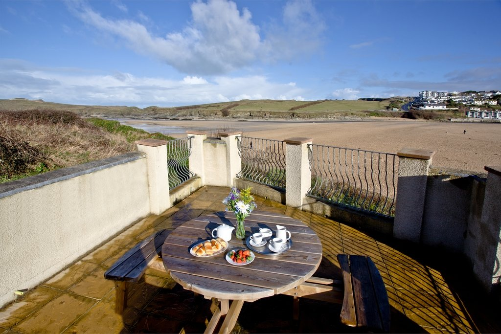 Quay house porth beach 5 star self catering newquay fivestar ie