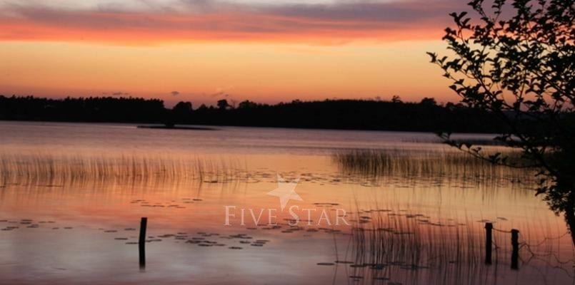 Acres Cove photo 2