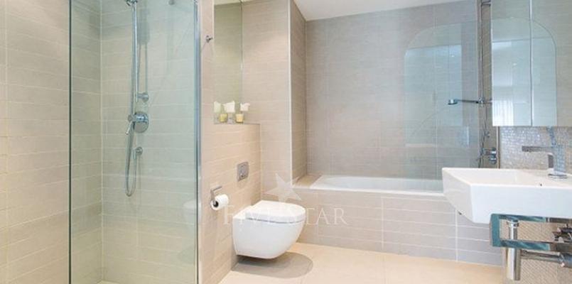 Luxury Modern Apartment photo 16