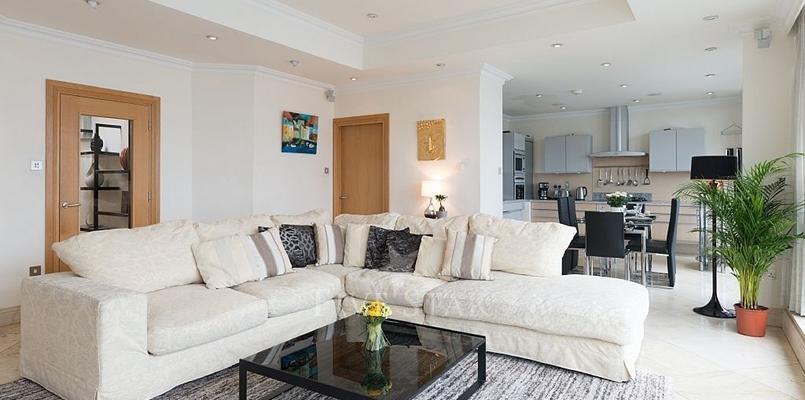 Luxury Penthouse photo 2