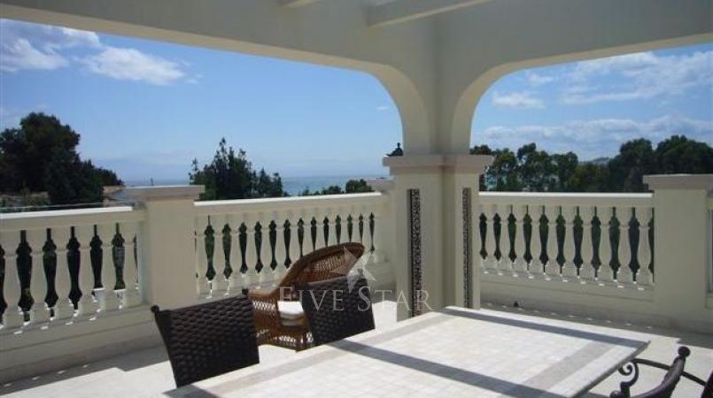 Luxury Spanish Villa photo 3