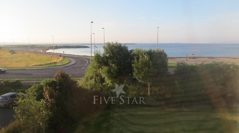 Seafront Apartment Salthill photo 4