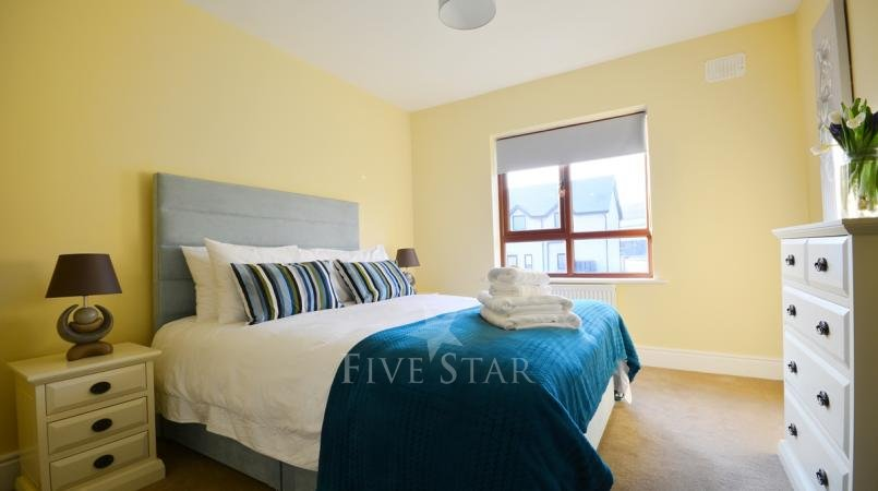 Ceann Scribe - Beautifully big 5 bedroom home in Dingle! photo 19
