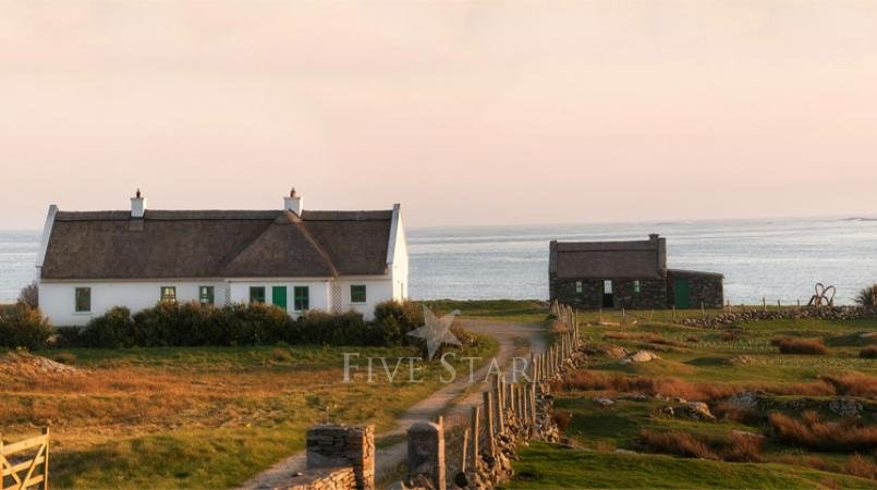 Luxurious Beach Cottage photo 12