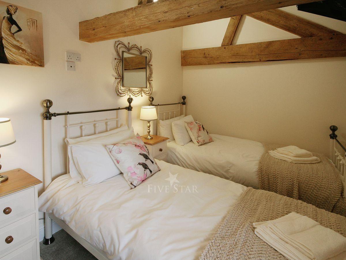 Chestnut Cottage photo 8