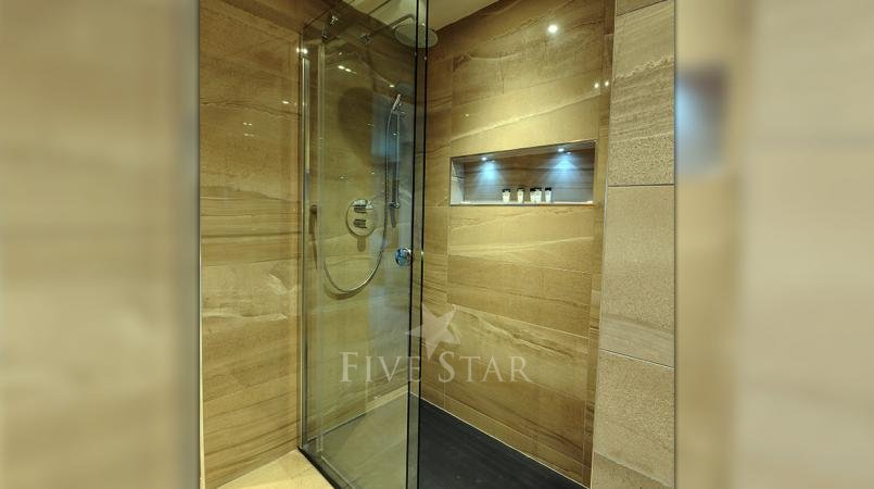 Luxury Hotel Suite photo 9