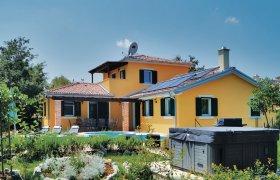 Photo of Holiday home Svetvincenat-Rezanci