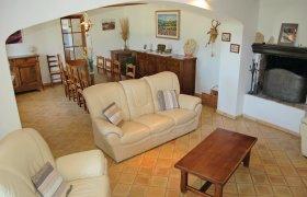 Photo of Holiday home Sainte Croix-à-Lauze