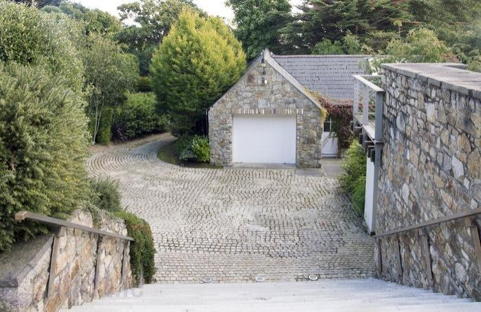 Sorrento Road photo 7