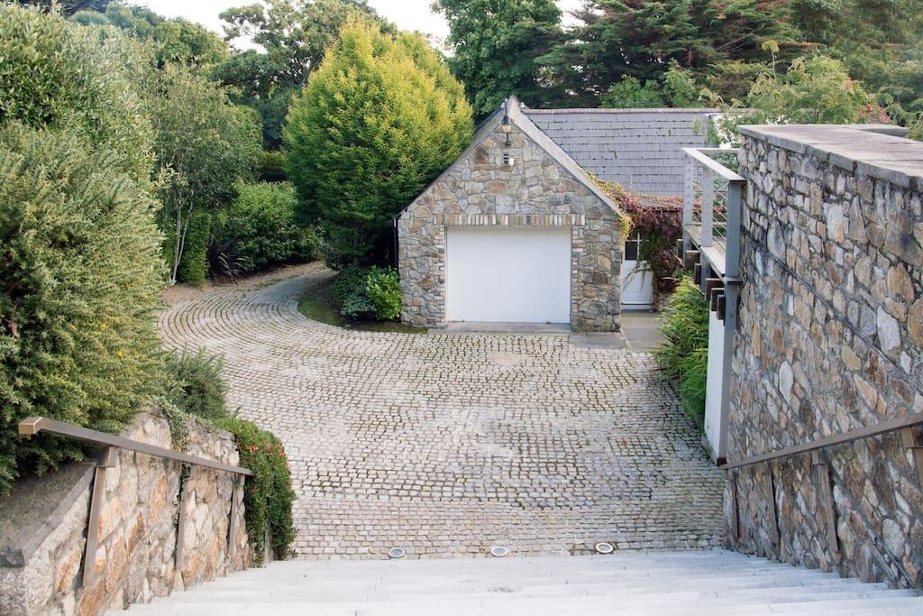 Sorrento Road photo 4