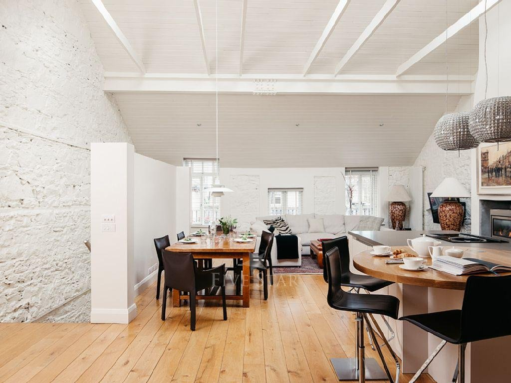 Deluxe Three Bed Mews photo 4