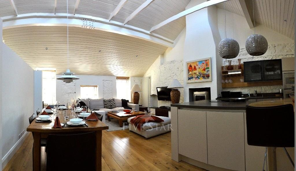 Deluxe Three Bed Mews photo 7