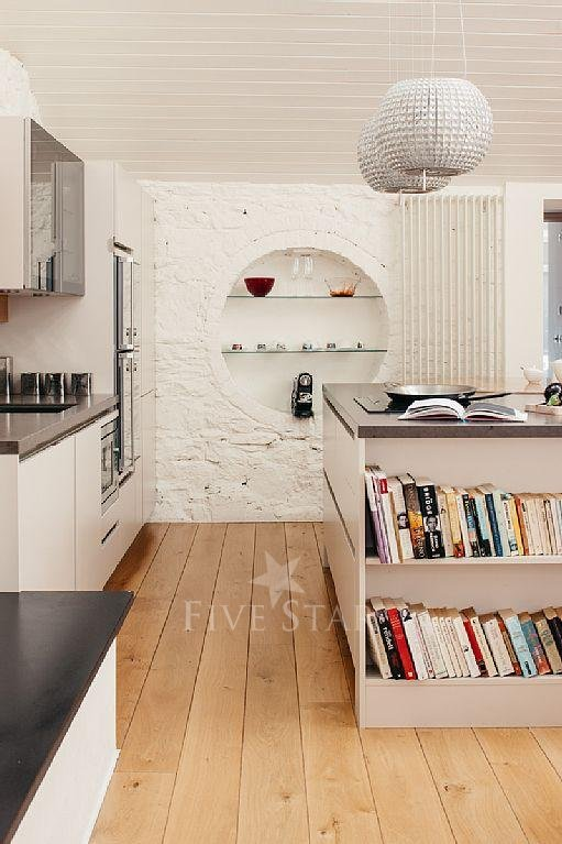 Deluxe Three Bed Mews photo 14