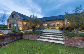 Photo of Luxury Lodge Tinakilly