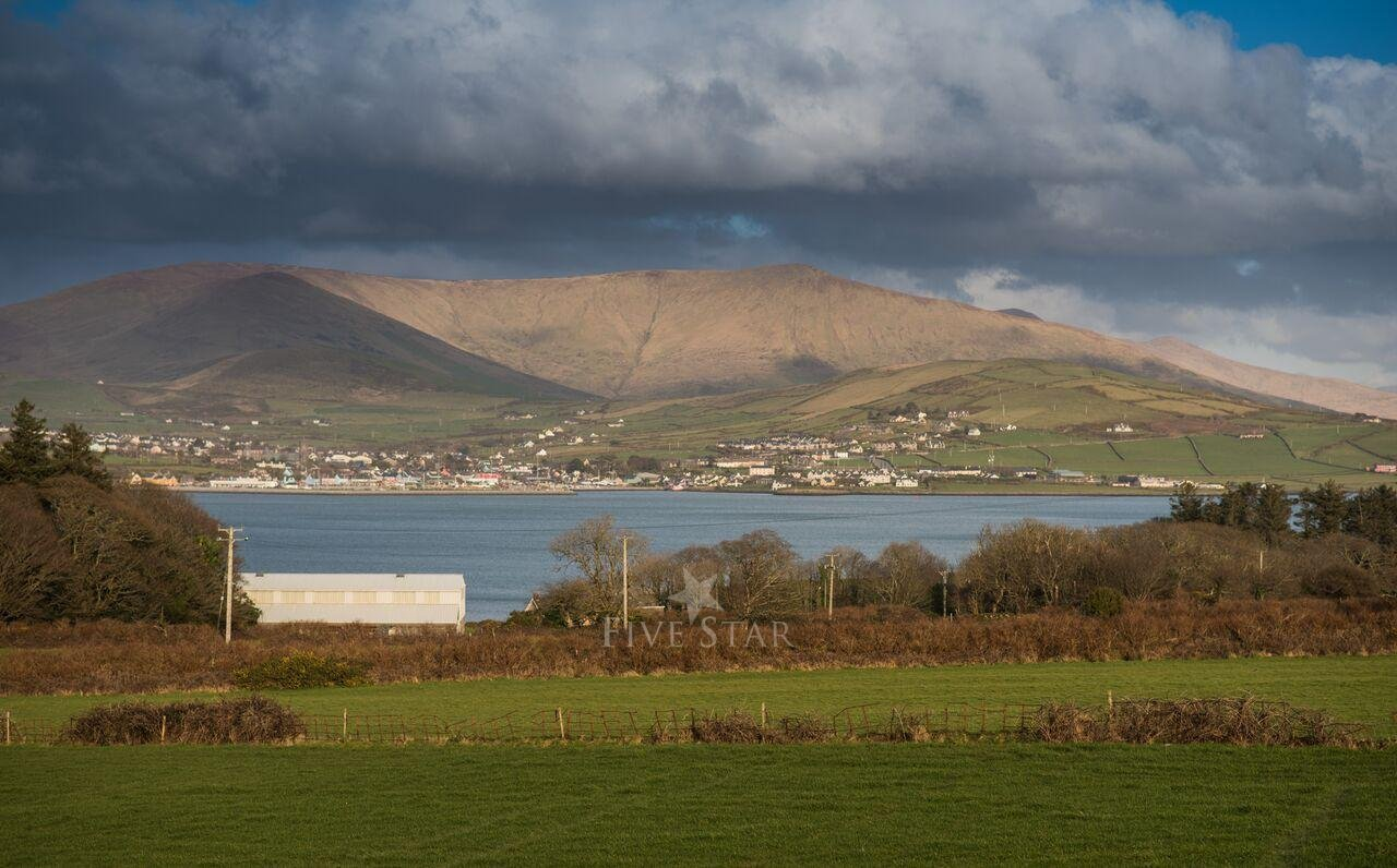Tigh Thor - BEST SELLER! Overlooking the Dingle Harbour photo 8