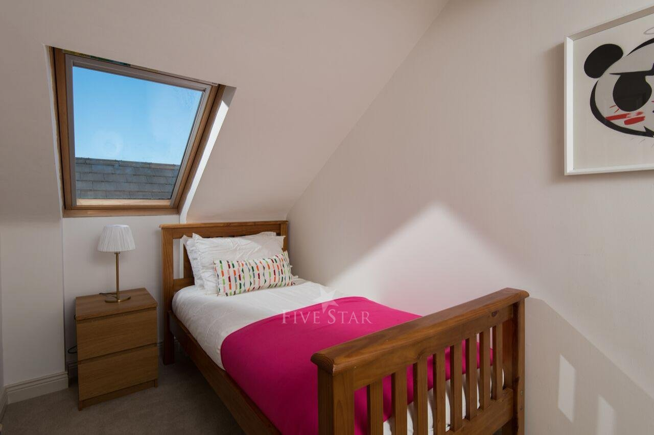 Tigh Thor - BEST SELLER! Overlooking the Dingle Harbour photo 23